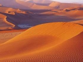 撤哈拉大沙漠